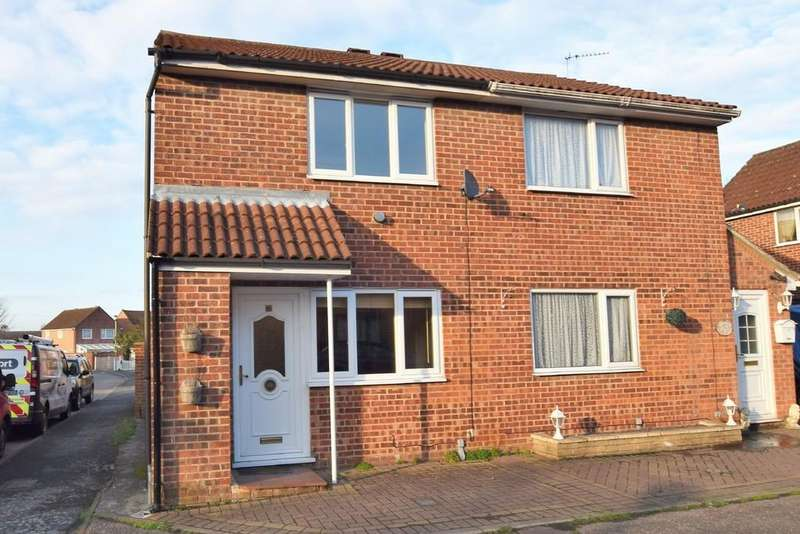 2 Bedrooms Semi Detached House for sale in Brices Way, Glemsford CO10 7UP