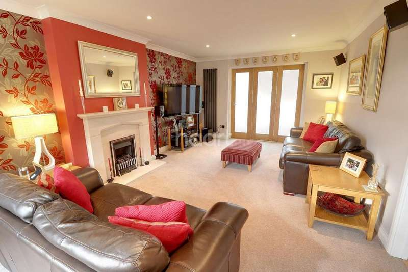 4 Bedrooms Detached House for sale in Parkhurst Fields, Churt, Surrey