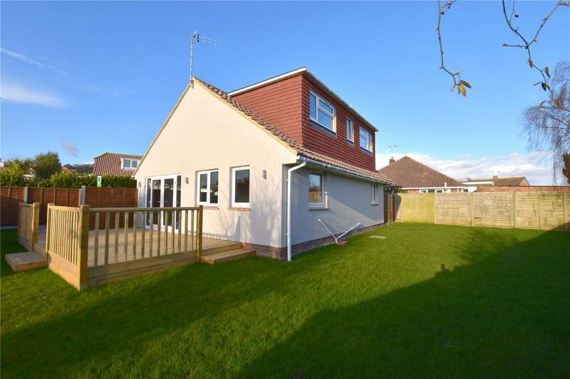 4 Bedrooms Detached House for sale in Greenoaks, North Lancing, West Sussex, BN15