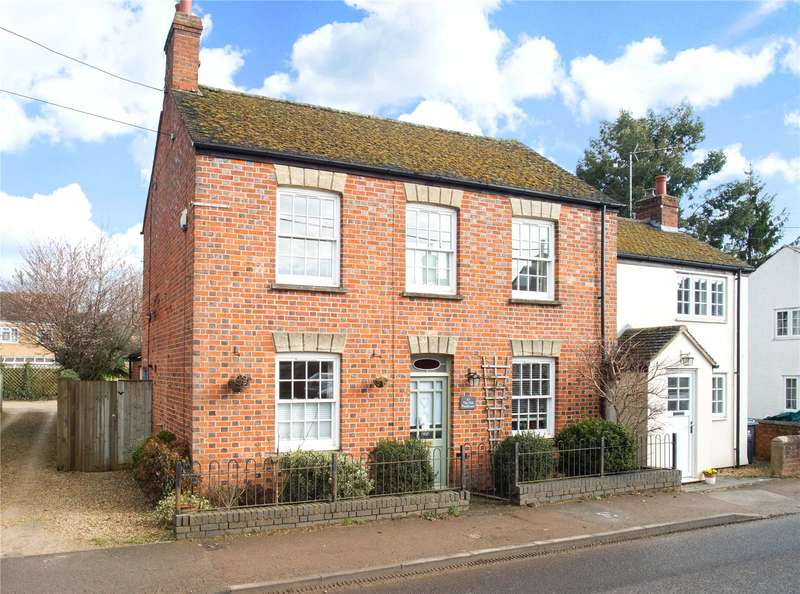 3 Bedrooms Semi Detached House for sale in North Street, Middle Barton, Chipping Norton, Oxfordshire, OX7