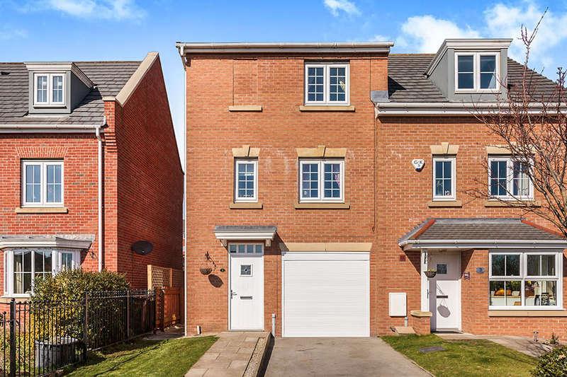 3 Bedrooms Semi Detached House for sale in The Laurels, New Forest Village, Leeds, LS10