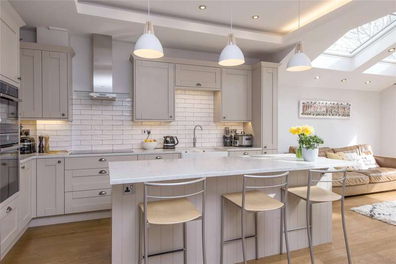 4 Bedrooms End Of Terrace House for sale in Stuart Road, Southfields, London, SW19