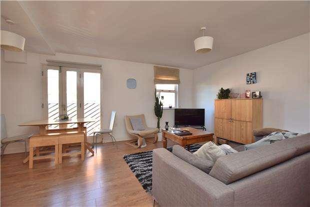 2 Bedrooms Flat for sale in Waterloo Road, BRISTOL, BS2 0PL