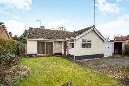 3 Bedrooms Bungalow for sale in East Harling, Norwich, Norfolk