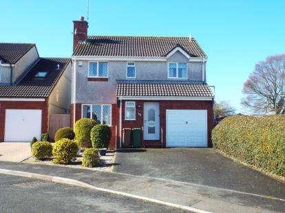 4 Bedrooms Detached House for sale in Elburton, Devon