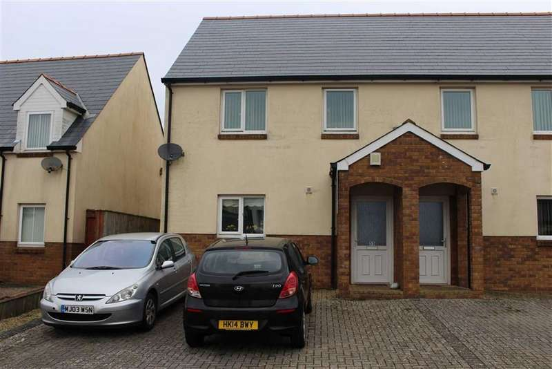 3 Bedrooms Semi Detached House for sale in Conway Drive, Steynton, Milford Haven