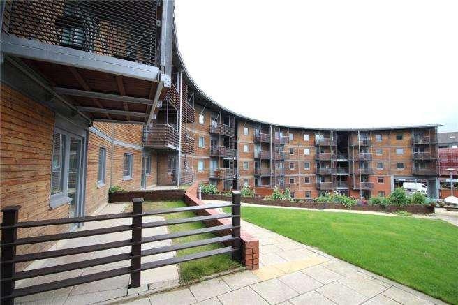 2 Bedrooms Apartment Flat for rent in NORTH CRESCENT, NORTH STREET, LEEDS, LS2 8JS