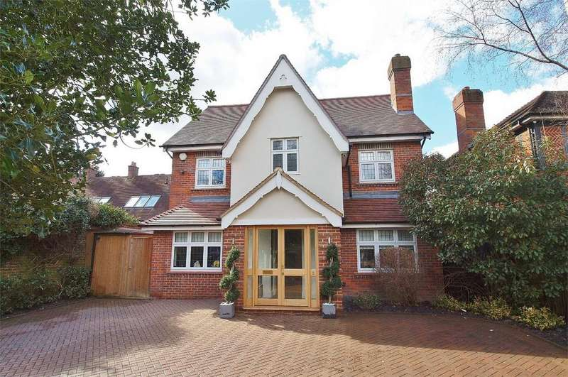 5 Bedrooms Detached House for sale in Bucknall Way, Langley Park, Beckenham, Kent