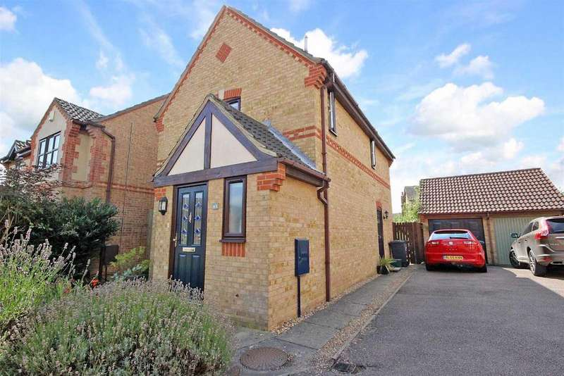 3 Bedrooms Detached House for sale in Grovebury Court, Wootton