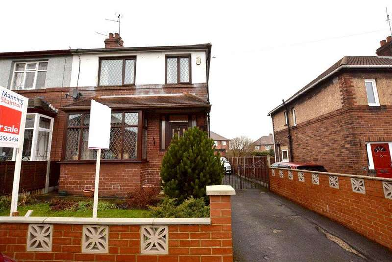 3 Bedrooms Semi Detached House for sale in Merton Drive, Farsley, Pudsey, West Yorkshire