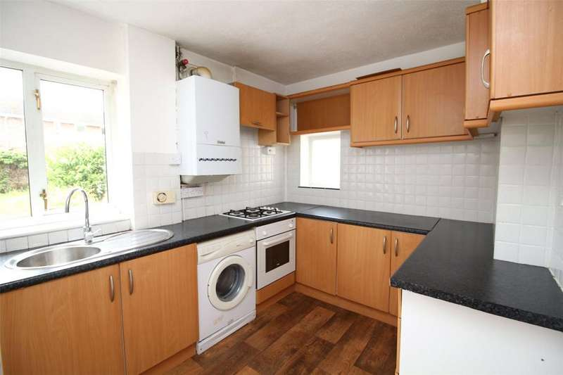 3 Bedrooms Terraced House for sale in Aston Grove, Wrexham, LL12