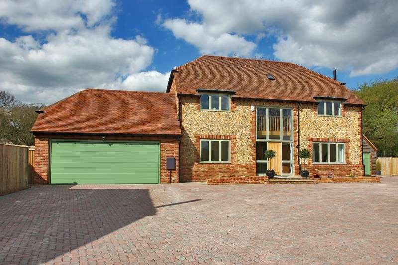 6 Bedrooms Detached House for sale in Sherbourne Place, Northiam, East Sussex, TN31 6DE