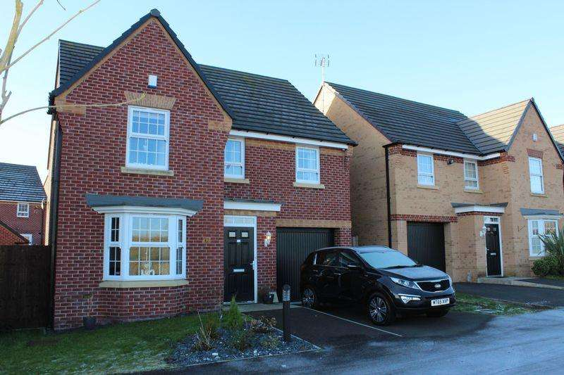 4 Bedrooms Detached House for sale in Jones Way, Kingsway, Rochdale, OL16 4FX