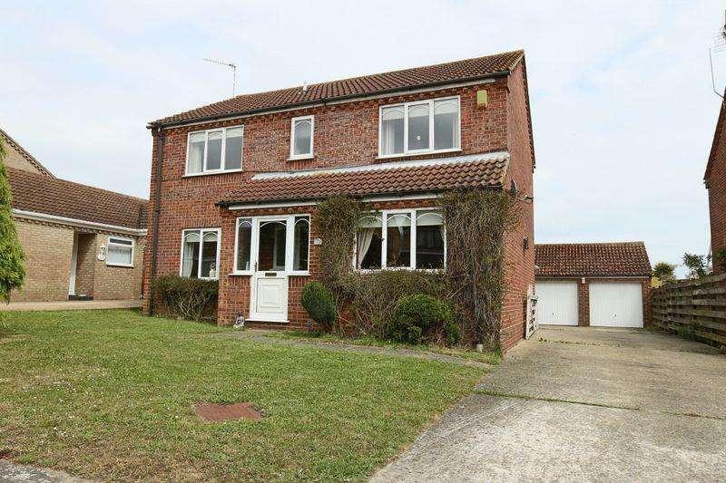 4 Bedrooms Detached House for sale in Chislehurst Road, Carlton Colville, Lowestoft