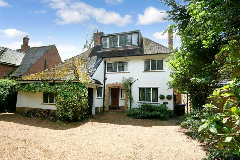 4 Bedrooms Detached House for sale in Oxford Road, Gerrards Cross, Buckinghamshire