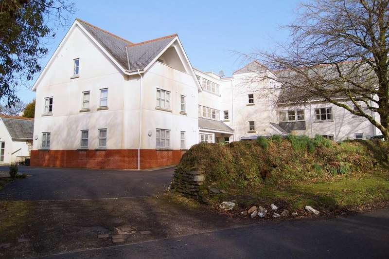 2 Bedrooms Apartment Flat for sale in Crapstone