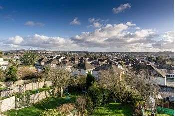 3 Bedrooms Semi Detached House for rent in Long Meadow, Woodford, Plymouth, PL7 4JD