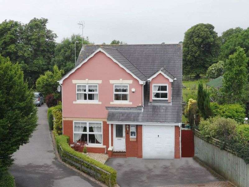 5 Bedrooms Property for sale in 18 Ffordd Y Dderwen, Ystradowen, Vale of Glamorgan