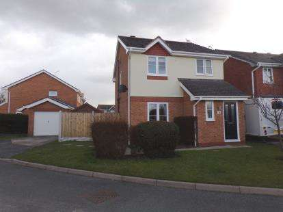 House for sale in Cadwalader, Kinmel Bay, Conwy, LL18