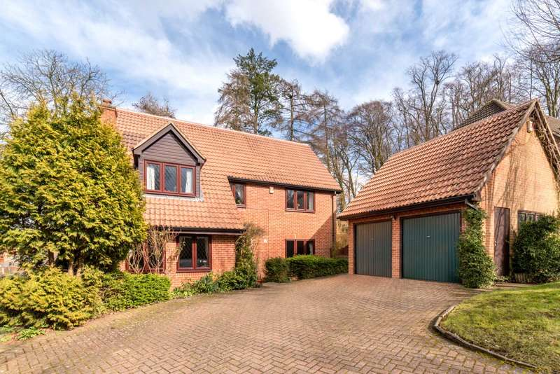 4 Bedrooms Detached House for sale in LARGE FAMILY HOME IN PREMIER LOCATION