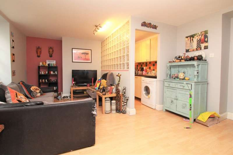 1 Bedroom Flat for sale in Bedford Place, Brighton, BN1 2PT