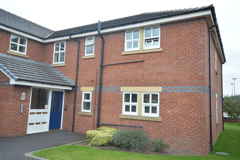 2 Bedrooms Flat for rent in Cartmell Fold, Squires Gate Lane