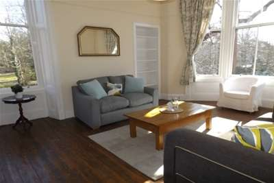 1 Bedroom Flat for rent in Turnberry Road, Hyndland