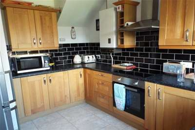 3 Bedrooms House for rent in Gainsborough Avenue