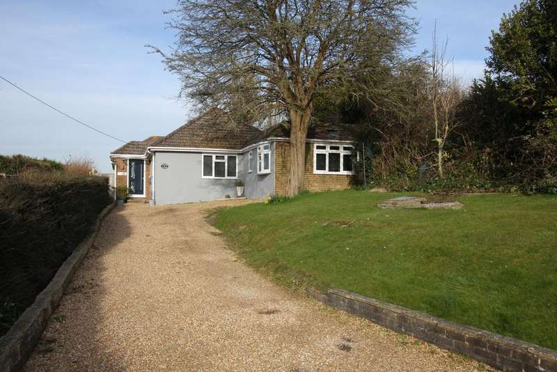 5 Bedrooms Detached Bungalow for sale in Wannock Road, Polegate BN26