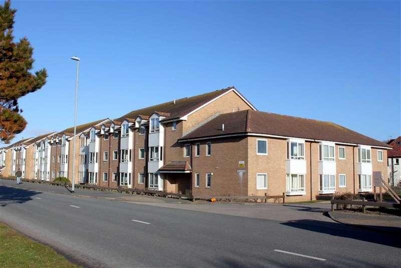 1 Bedroom Retirement Property for sale in Gloddaeth Avenue, Llandudno, Conwy