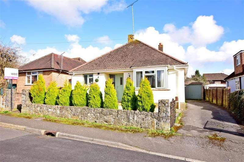 3 Bedrooms Detached Bungalow for sale in Whitehaven, Waterlooville, Hampshire