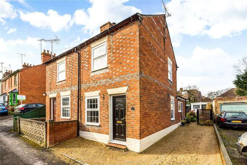2 Bedrooms Semi Detached House for sale in The Folly, Newbury, Berkshire, RG14
