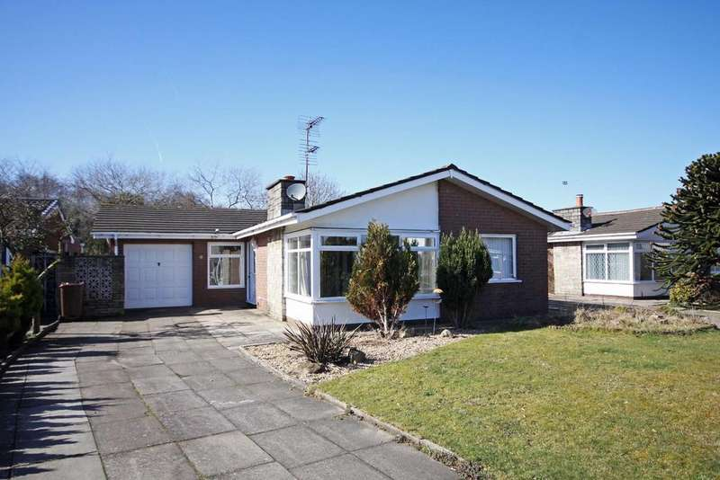 2 Bedrooms Detached Bungalow for sale in Grafton Drive, Ainsdale, Southport, PR8 2RW