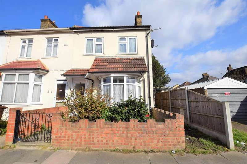 3 Bedrooms End Of Terrace House for rent in Whalebone Avenue, Chadwell Heath, RM6