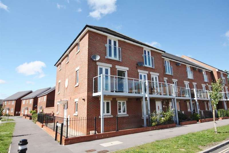 3 Bedrooms End Of Terrace House for sale in Dakota Way, Eastleigh