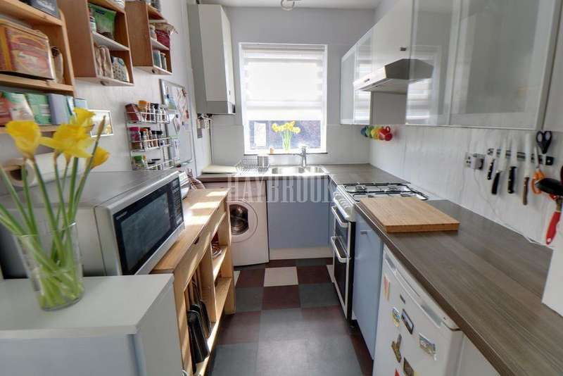 3 Bedrooms Terraced House for sale in Mount Street, Sharrow, S11 8DJ