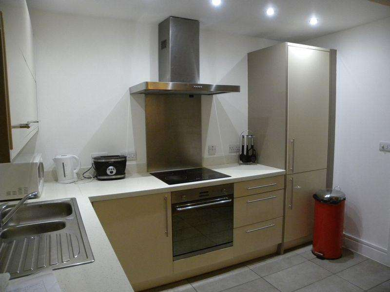 2 Bedrooms Apartment Flat for rent in 2 Bed Apartment The Met 40 Hilton Street, Manchester