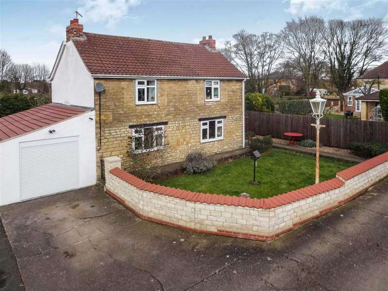 3 Bedrooms Detached House for sale in Grantham Road, Waddington, Lincoln