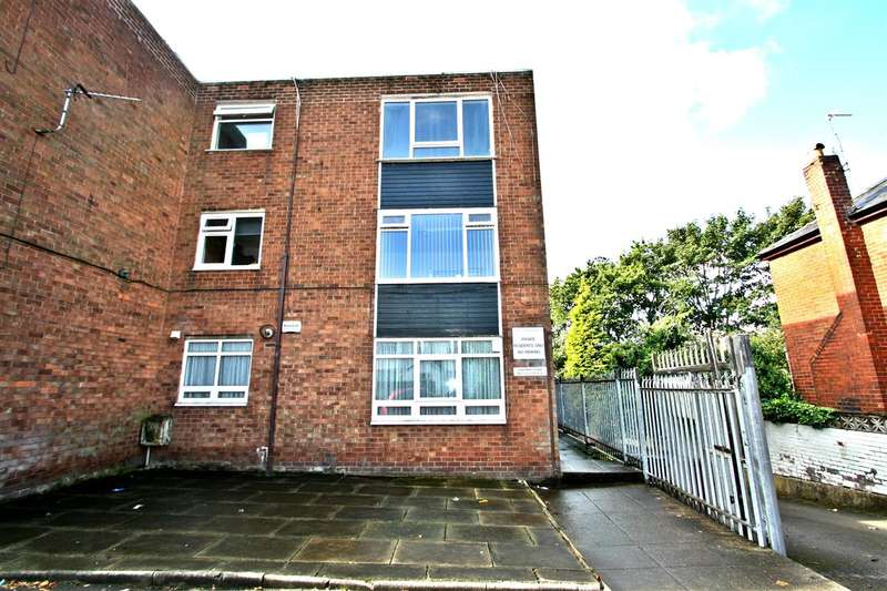 1 Bedroom Apartment Flat for sale in Lowther Court, Prestwich