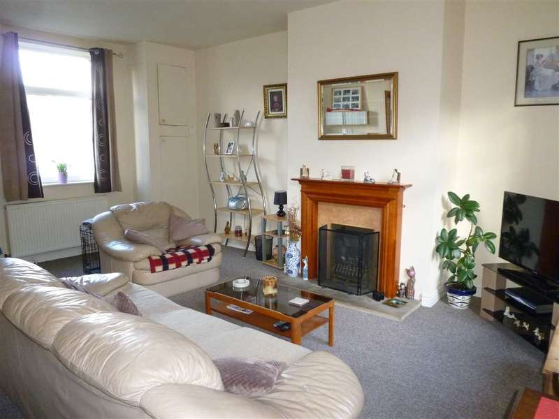 2 Bedrooms Terraced House for sale in Manchester Road, Linthwaite, Huddersfield