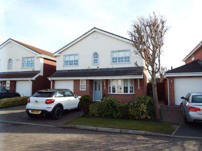 4 Bedrooms Detached House for sale in Hermitage Way, Cypress Point, Lytham St Anne's, Lancashire, FY8