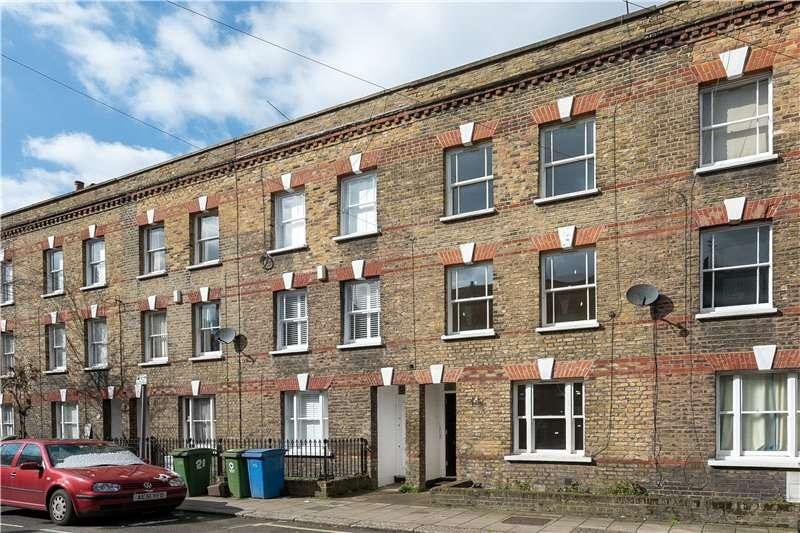 3 Bedrooms Terraced House for sale in Henshaw Street, Elephant & Castle, London, SE17