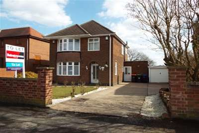 3 Bedrooms House for rent in Thoresby Avenue, Kirkby In Ashfield, NG17