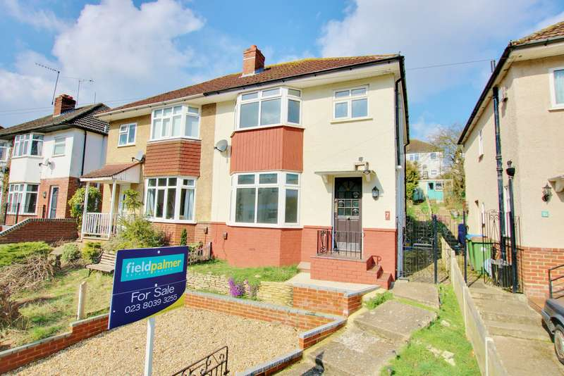 3 Bedrooms Semi Detached House for sale in Lawrence Grove, Woolston