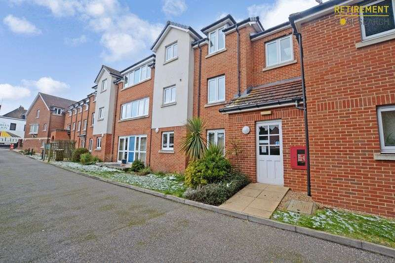 2 Bedrooms Property for sale in Appletree Court, Gillingham, ME8 8AZ