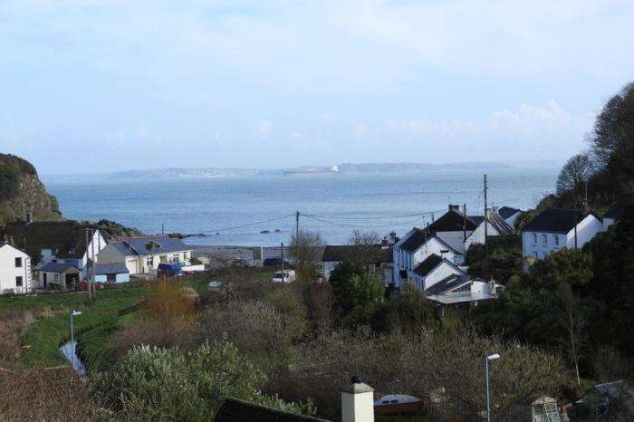 2 Bedrooms Flat for sale in COVE VIEW, PORTHALLOW, TR12