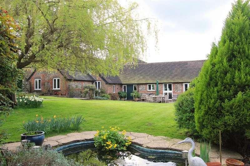 3 Bedrooms Unique Property for sale in Homefield Farm, Upper Gatton