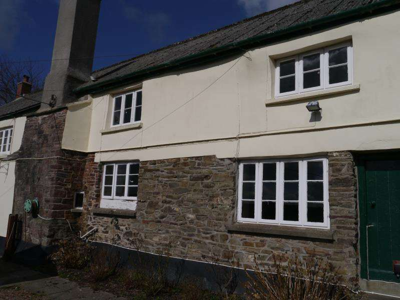 3 Bedrooms Farm House Character Property for rent in MOLLAND, SOUTH MOLTON, DEVON