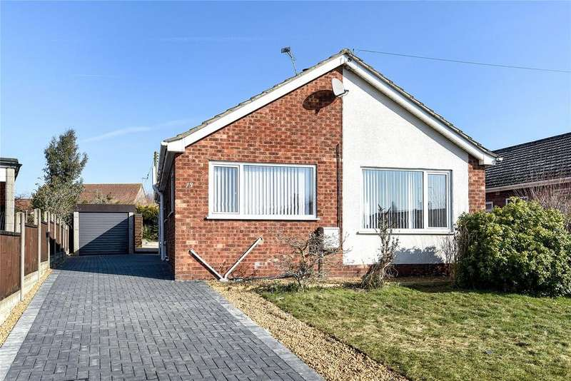 3 Bedrooms Detached Bungalow for sale in Overton Close, Navenby, LN5