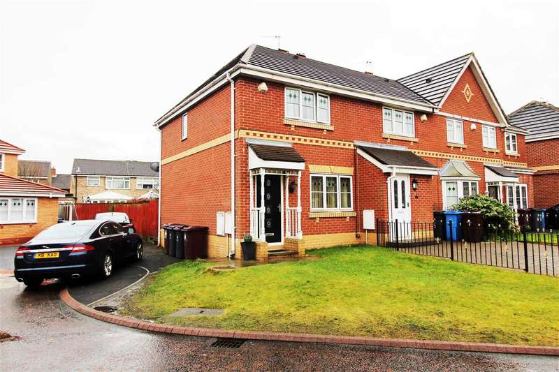 3 Bedrooms Town House for sale in Redwald Close, Kirkby